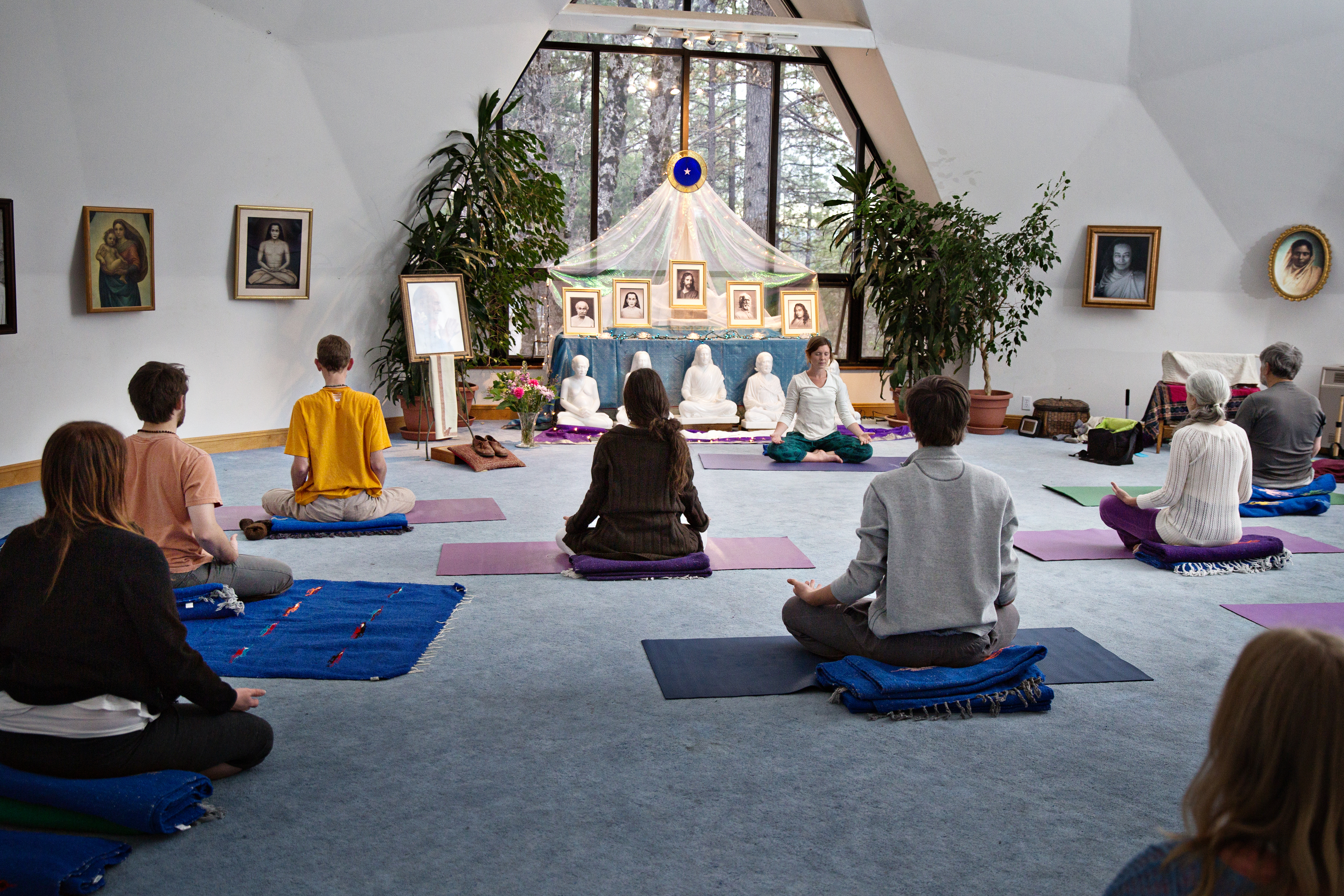 meditation retreat california