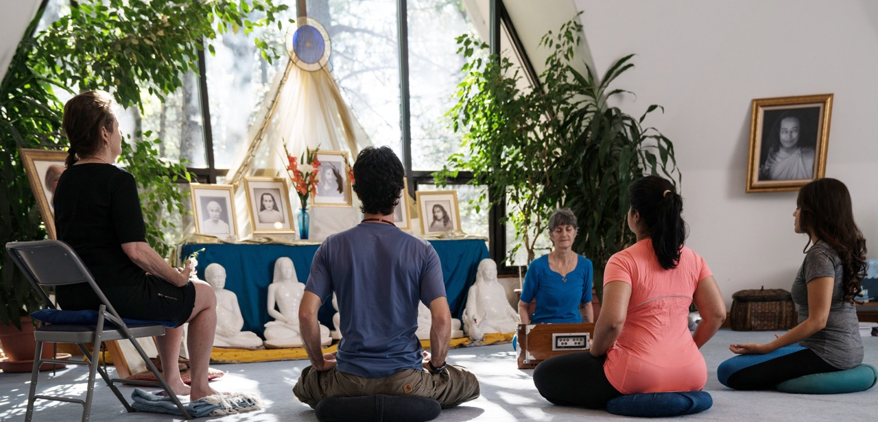 Summer Yoga in Nature - Ananda Meditation Retreat